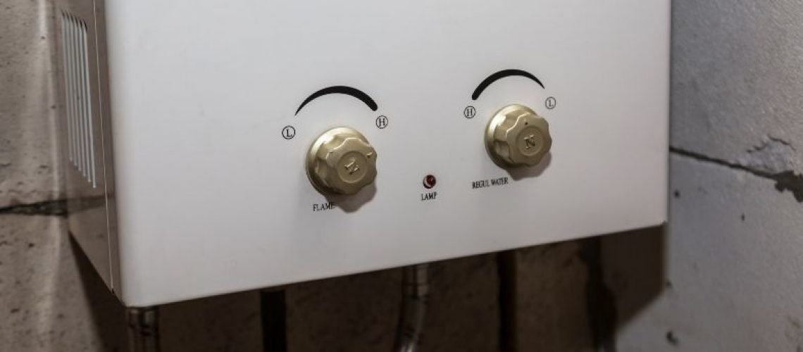 Storage vs. Tankless Water Heaters: What's the Difference?